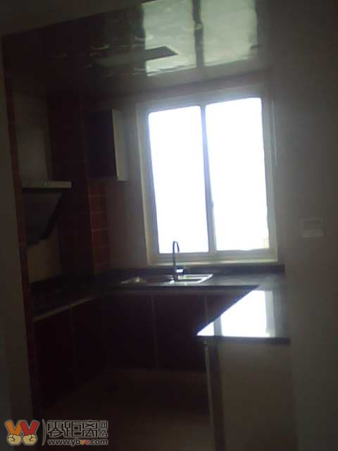 图 滨江国际,3室2厅2卫 1850元.精装修,图片手机拍的效果不好,实