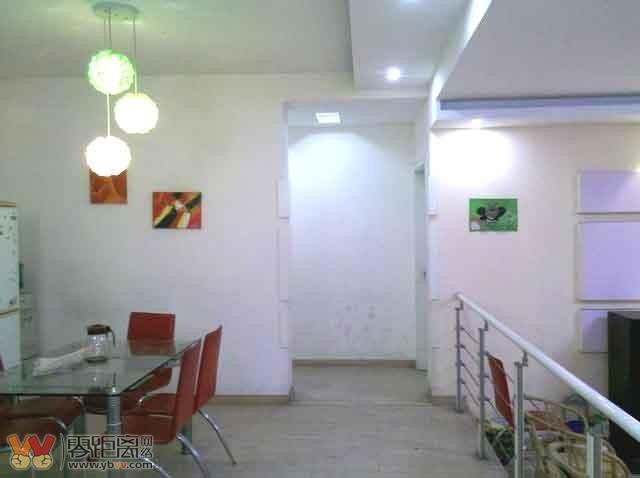 多图 西区山水庭院1楼,3 2 2 1 2800元,商住两用,精美装修